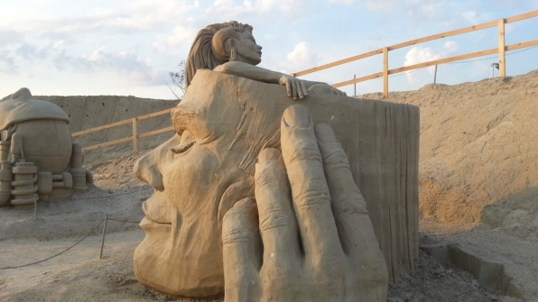 Скульптура из песка 15